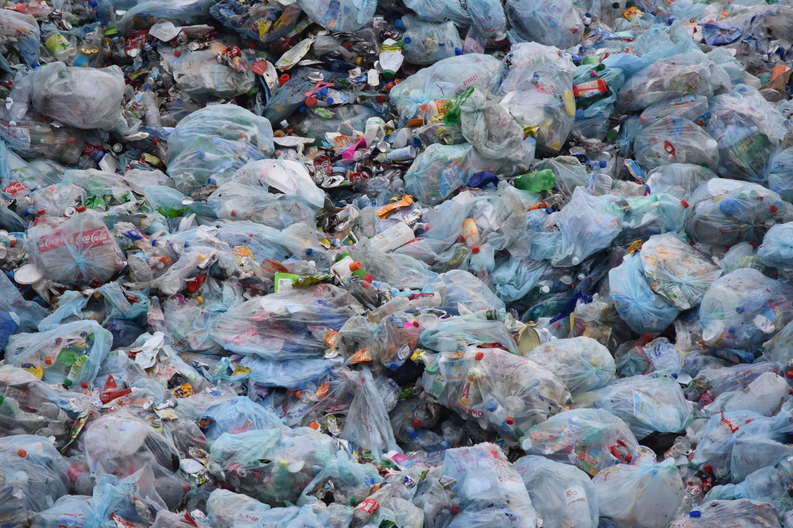 Politik zu Plastiktüten